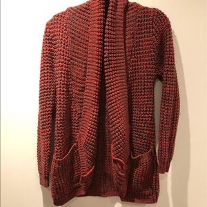 VERO MODA red and black knit open front cardigan